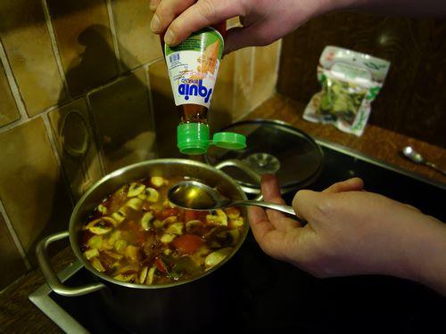 Ajouter la sauce poisson