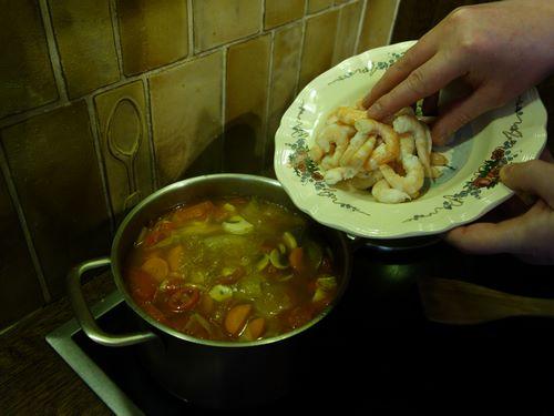 Ajoutez les crevettes